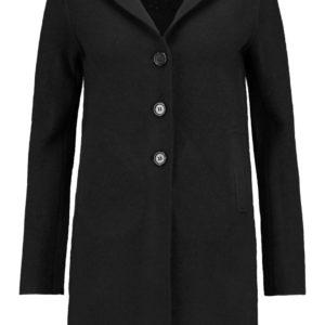 Meghan Markle LINE coat