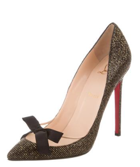 purchase cheap 984c7 f36e7 Christian Louboutin Love Me Pumps in Black Gold - Meghan's ...