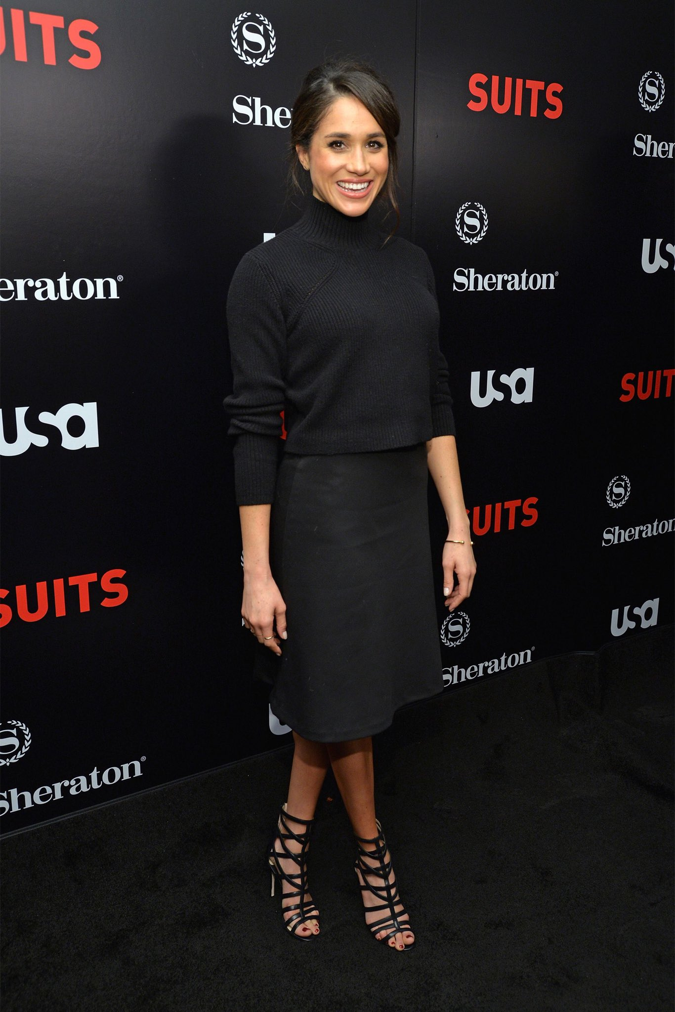 2c767a067 For Suits' Season 5 premiere, Meghan wore a Tiffany & Co. Gold bracelet  with her black sweater and skirt.