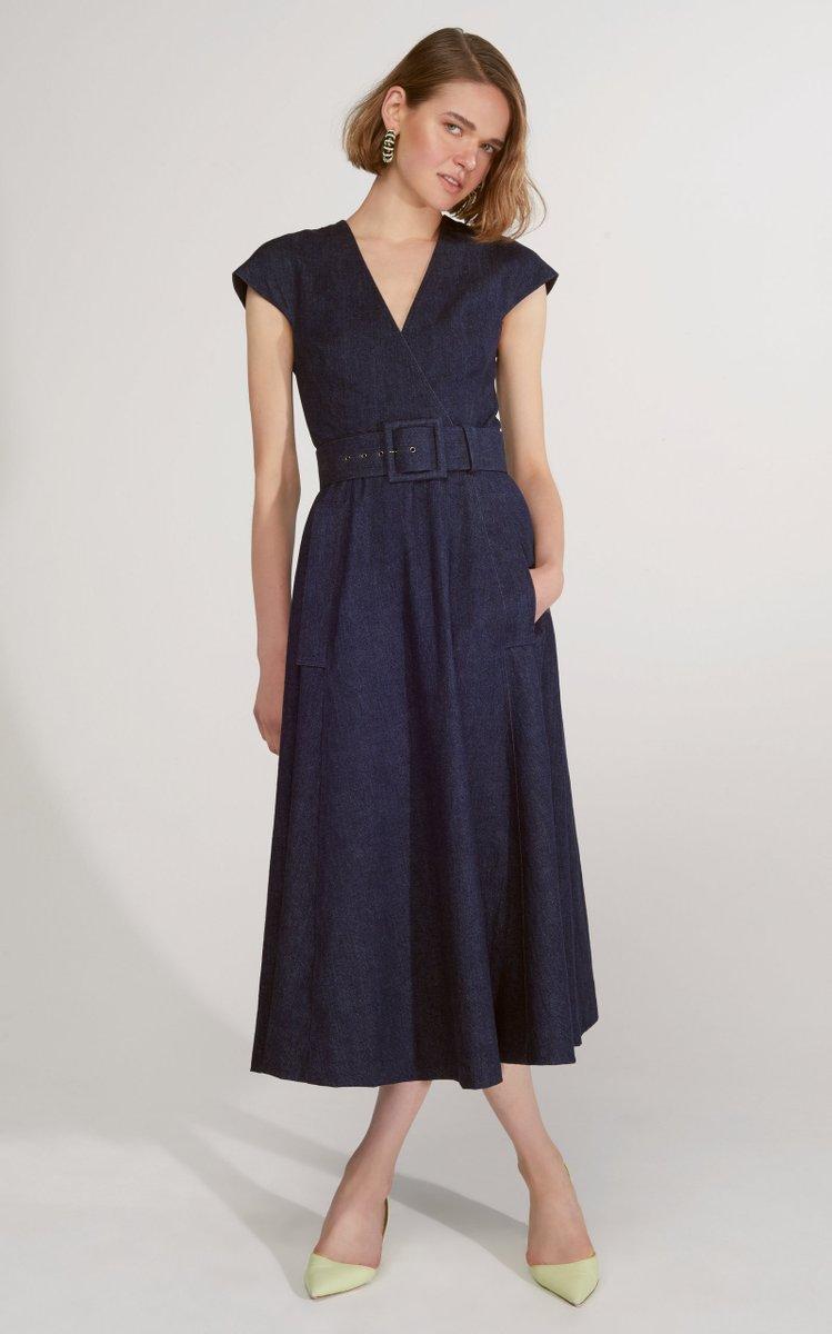 Carolina Herrera Denim Wrap Midi Dress Meghan S Mirror