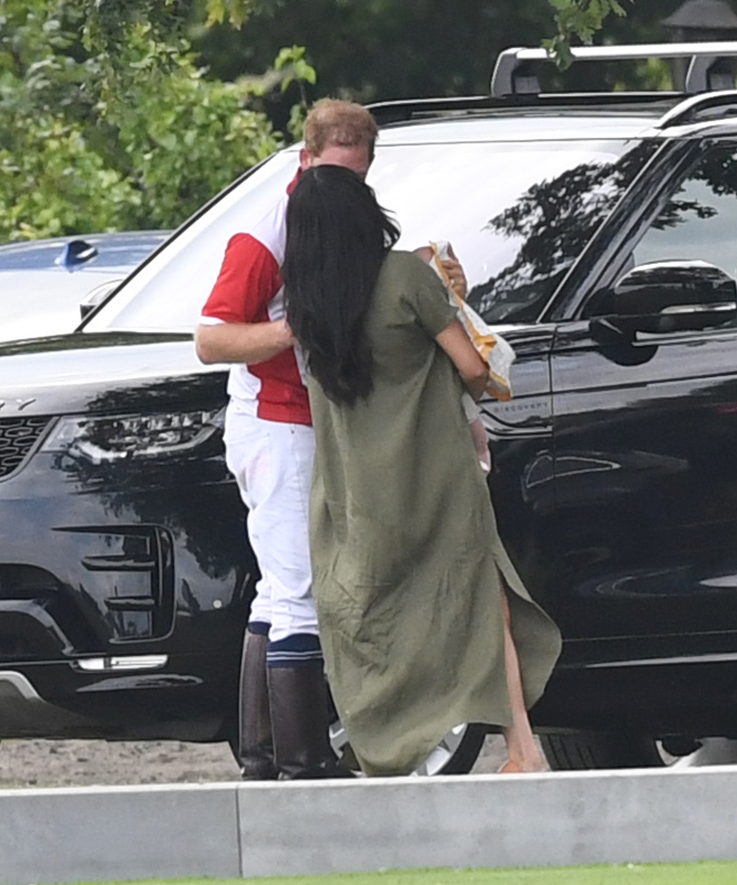 Prince Harry and Meghan Markle share affectionate moment with baby Archie after King Power Charity Polo Match. Pictured: Prince William,Duke of Sussex,Meghan Duchess of Sussex,Archie Harrison Mountbatten-Windsor Ref: SPL5103070 100719 NON-EXCLUSIVE Picture by: SplashNews.com Splash News and Pictures Los Angeles: 310-821-2666 New York: 212-619-2666 London: 0207 644 7656 Milan: 02 4399 8577 photodesk@splashnews.com World Rights